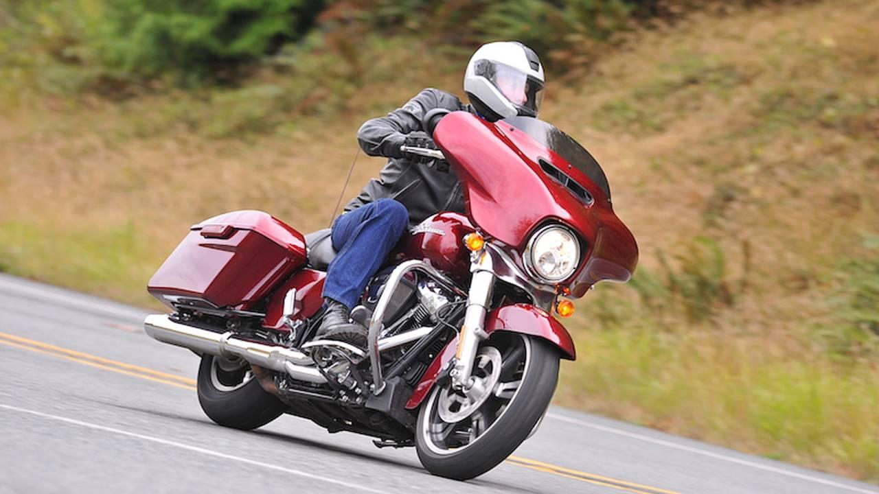 2017 Harley-Davidson Street Glide - First Ride