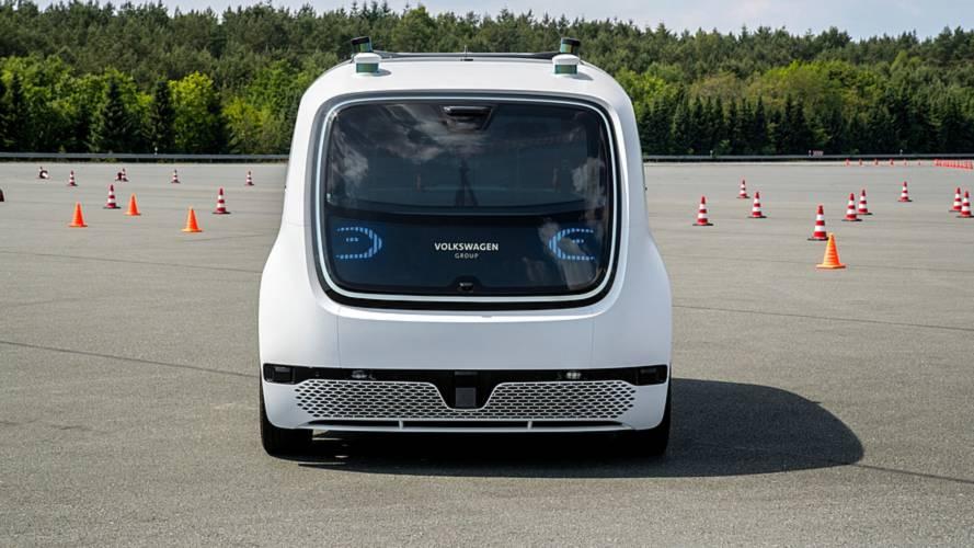 Volkswagen Sedric, la prova del prototipo a guida autonoma