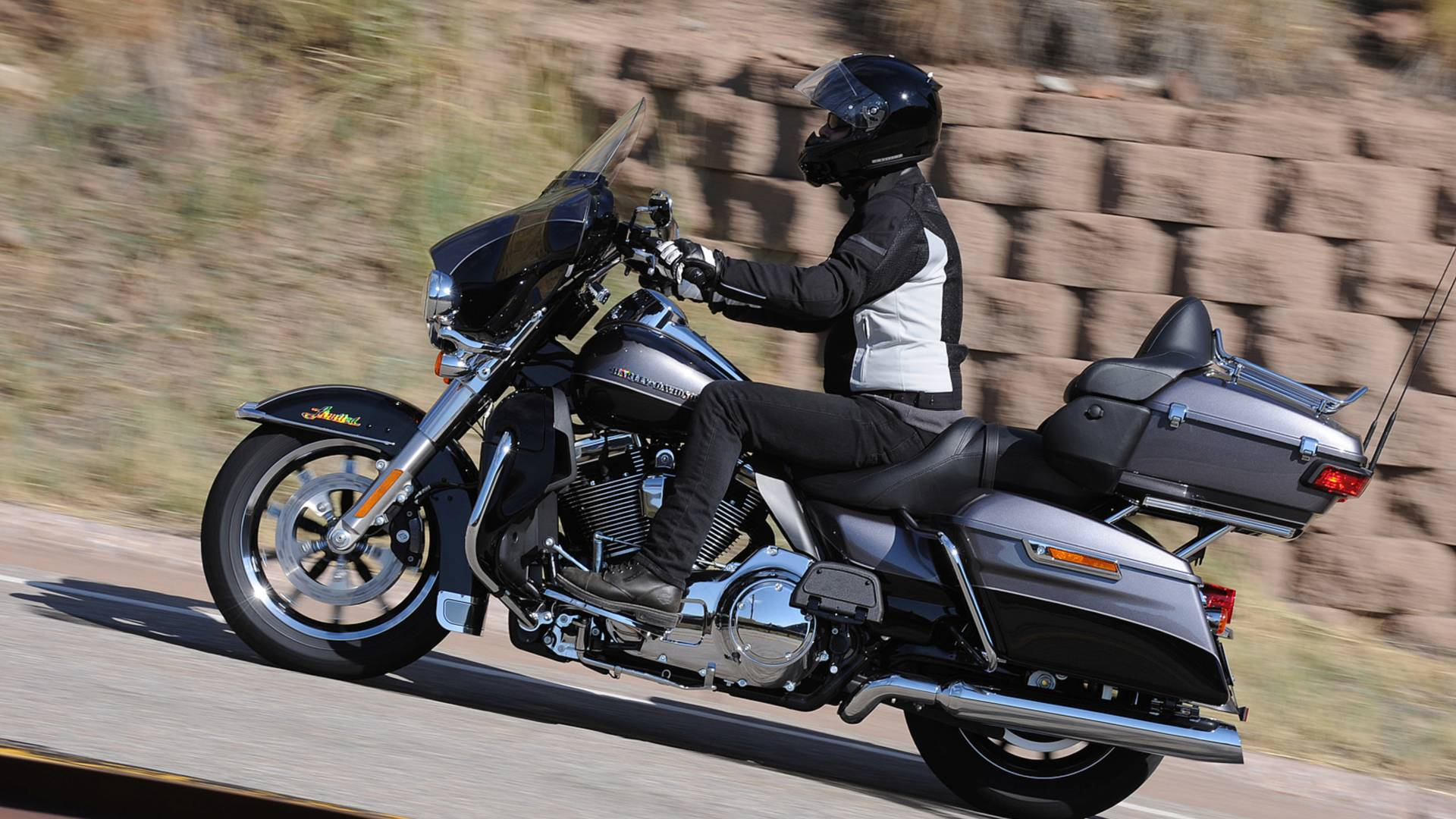 Harley-Davidson Issues Recall For Clutch Problem, Again