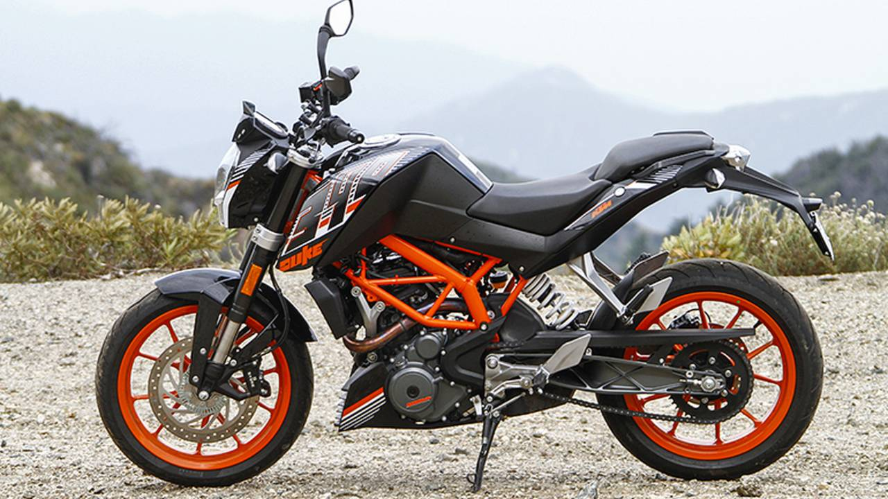 the little wonder ktm 390 duke long term staff review. Black Bedroom Furniture Sets. Home Design Ideas