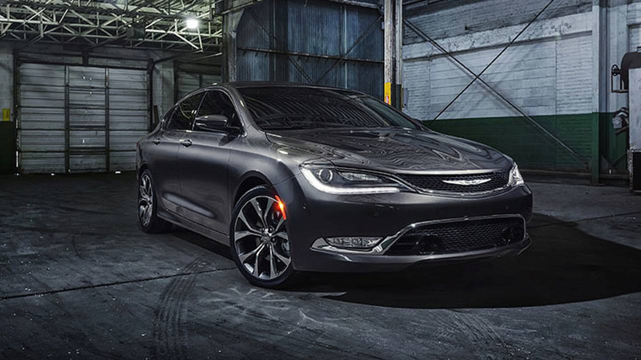 2015 Chrysler 200c - Felülvizsgálat