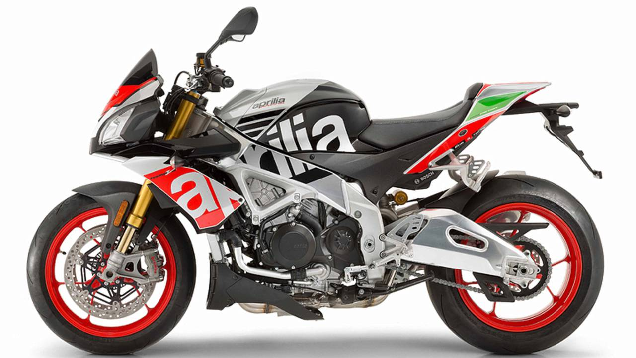 2017 Aprilia RSV4 and Tuono Pricing Announced