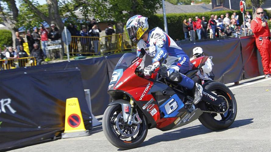 Dunlop injury forces Victory Racing Team Change at IOM