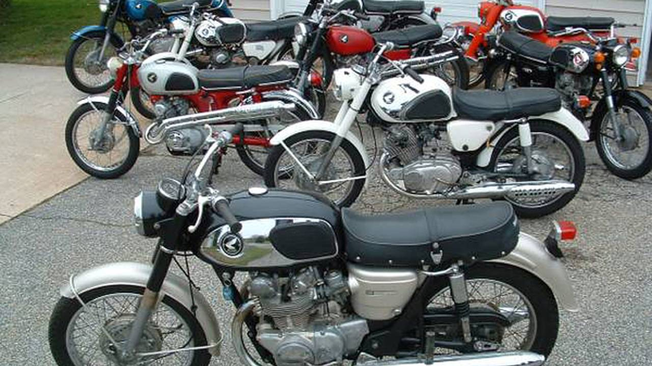 As fine a selection of antique Hondas as you'll see anywhere.