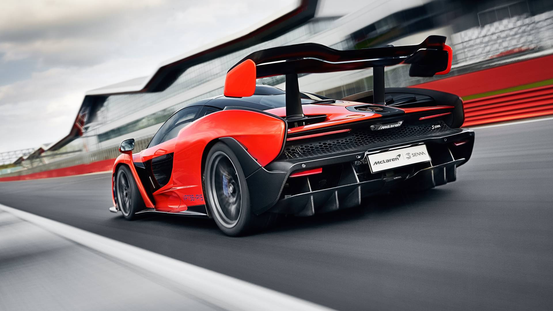 Mclaren Senna Vs Mclaren P1 The Numbers