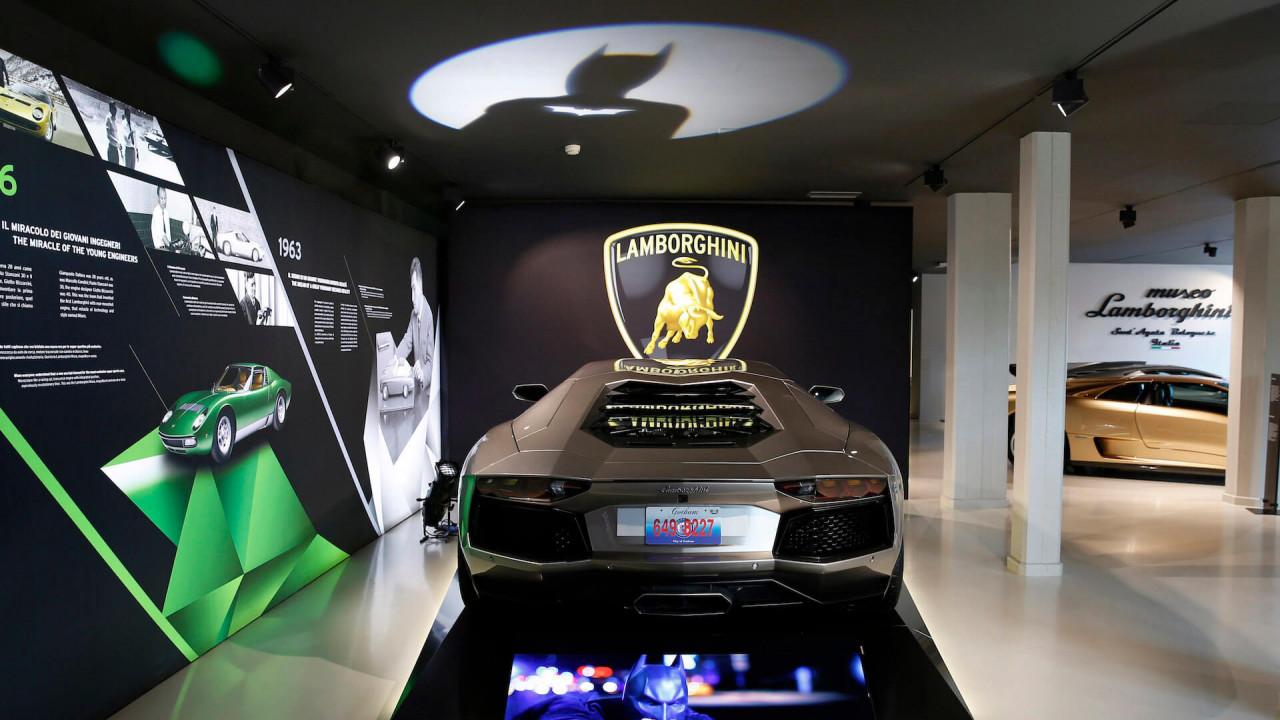 Lamborghini Aventador (The Dark Knight Rises, 2012)