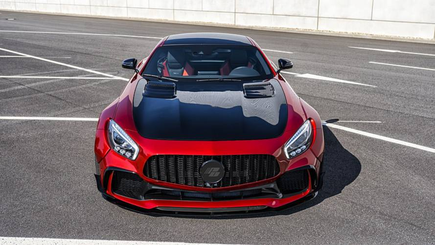 Mercedes-AMG GT S with widebody kit looks mean