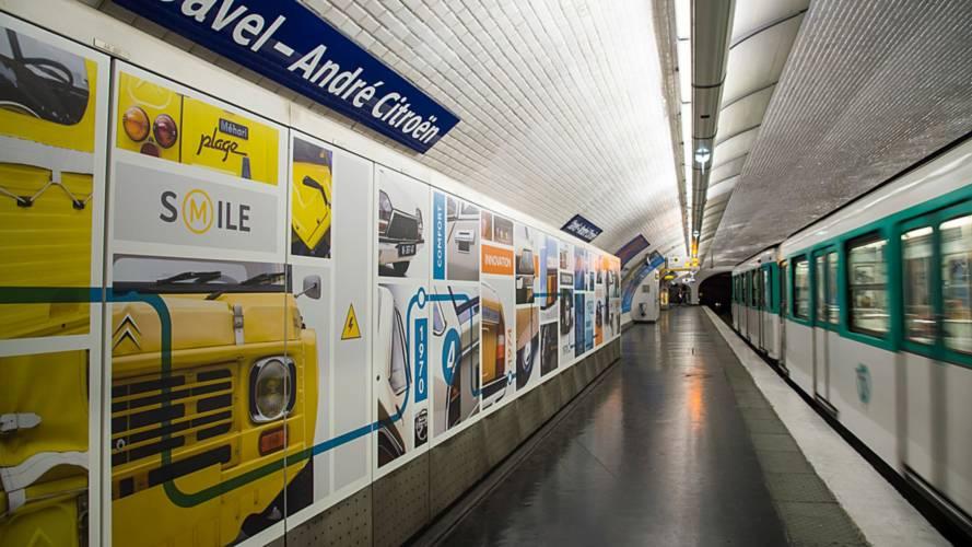 Citroën mis à l'honneur dans une station du métro parisien