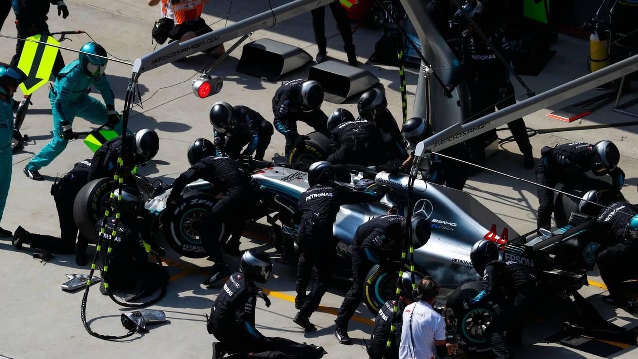 Mercedes bate su récord