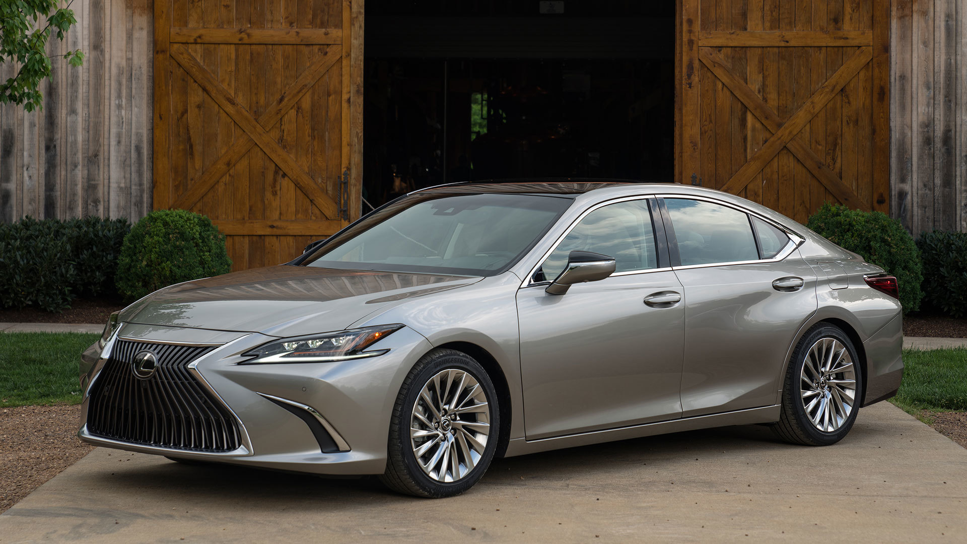 2019 lexus es350 2019 Lexus ES 350 First Drive: Not Everyone's An Athlete 2019 lexus es350