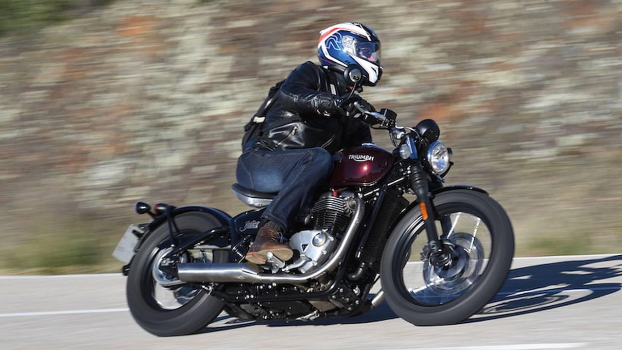 2017 Triumph Bonneville Bobber – First Ride
