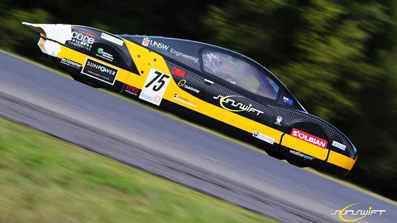 Sunswift Solar Car Smashes 26-Year-Old EV World Record