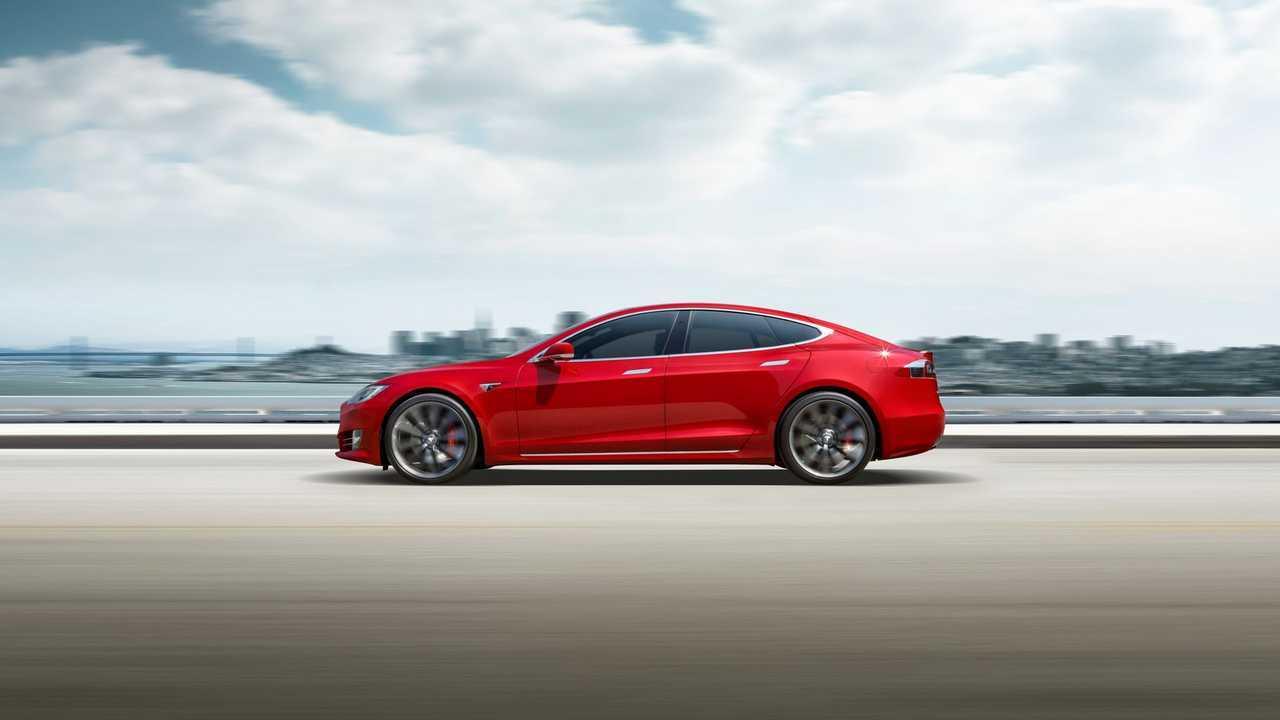 Tesla Model 3 U.S. Deliveries Dip As It Ships To Global Markets