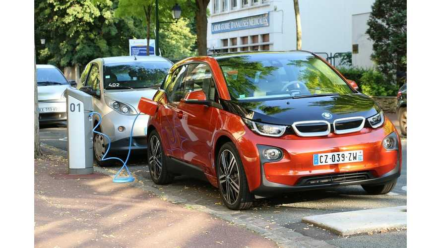 10,000 Public Charging Points Available in France