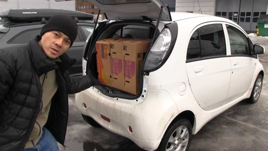 Mitsubishi i-MiEV & VW e-Crafter Banana Box Test: Video