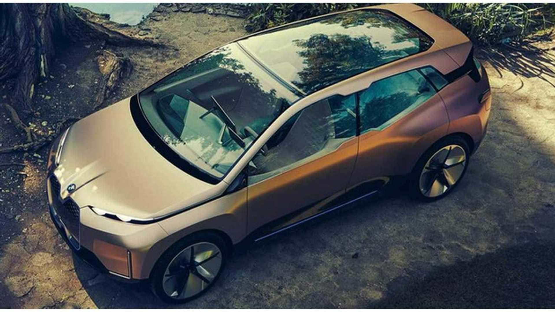 BMW Shareholders Concerned Over Tesla's Advantage