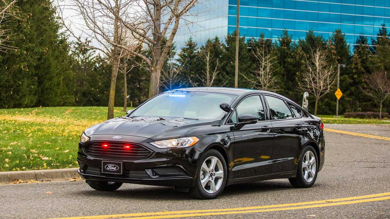 Ford Turns Fusion Plug-In Hybrid Into Police Cruiser