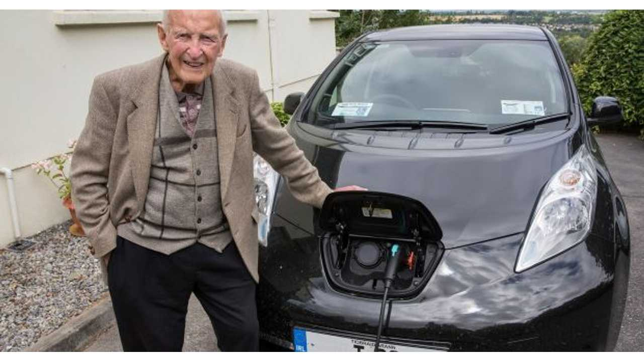 At Age 101, This Driver Made The Switch To A Nissan LEAF