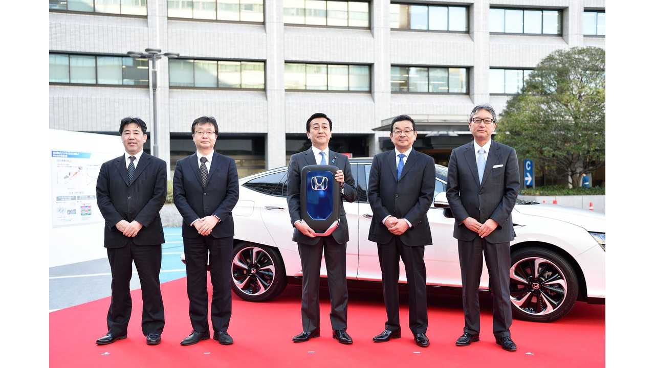 Honda Clarity Fuel Cell Delivery Ceremony
