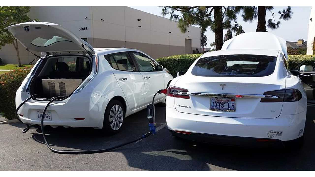 Here Is How Nissan LEAF Can Rescue A Stranded Tesla Model S