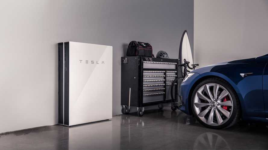 Thieves steal $45,000 worth of Tesla Powerwall batteries