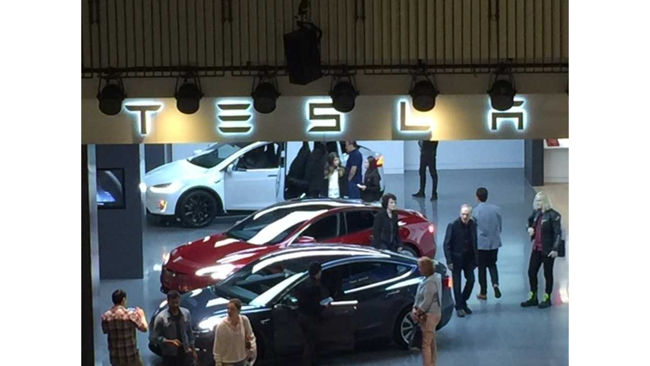 Tesla Model 3 Now As Showroom Display Units Out East