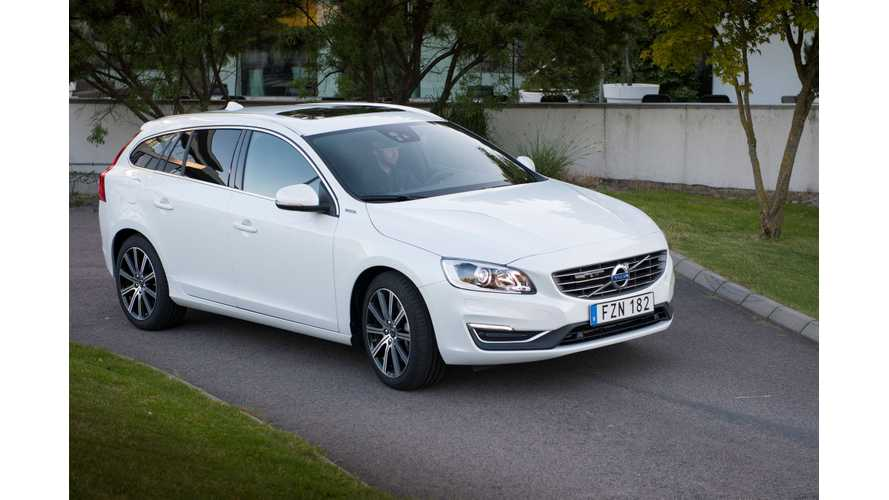 Volvo V60 D5 PHEV Test Driven By Fully Charged - Video