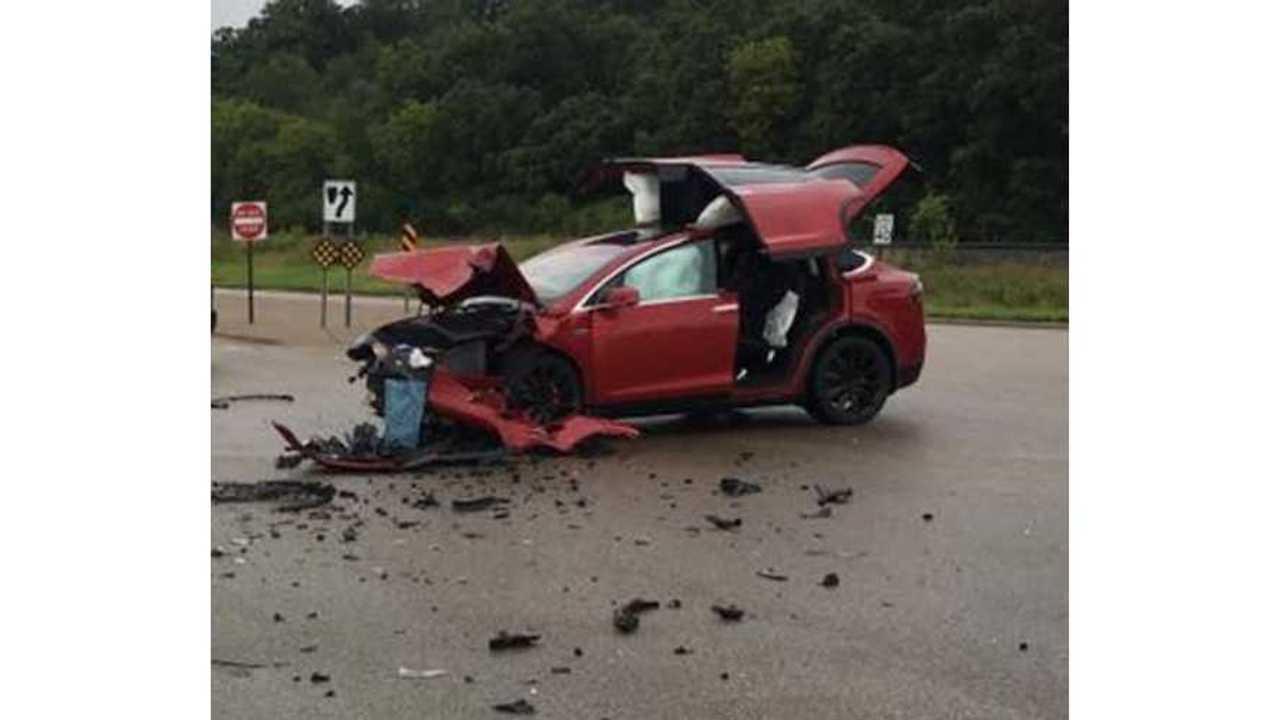 Tesla Model X Struck By GMC Yukon - All 6 Tesla Occupants Unharmed