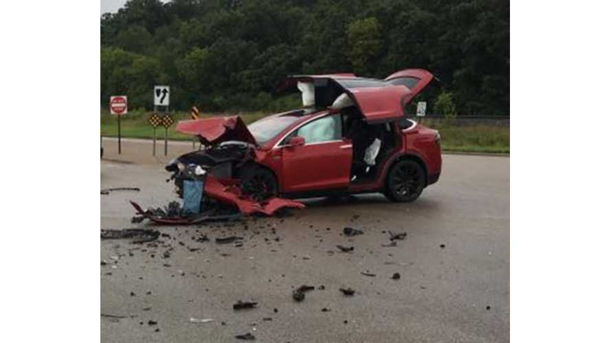 Tesla Model X Struck By GMC Yukon - All 6 Tesla Occupants Unharmed