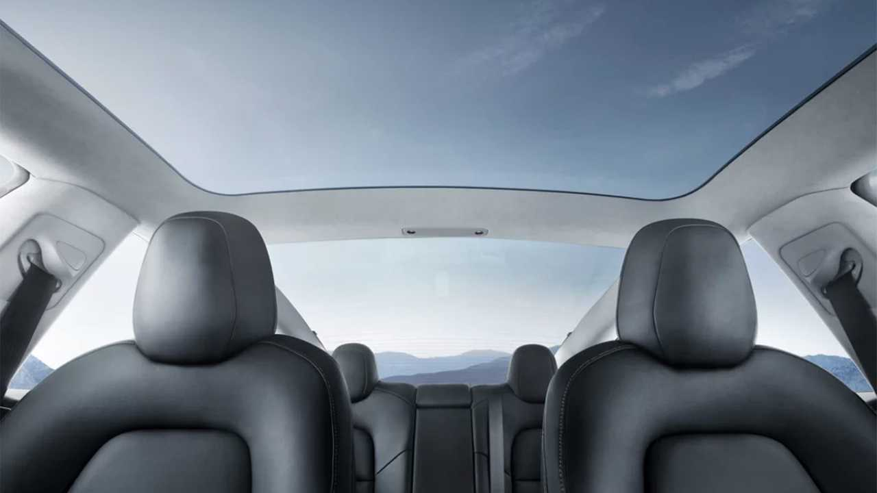 Con: Big Panoramic Glass Reinvents the Sunroof