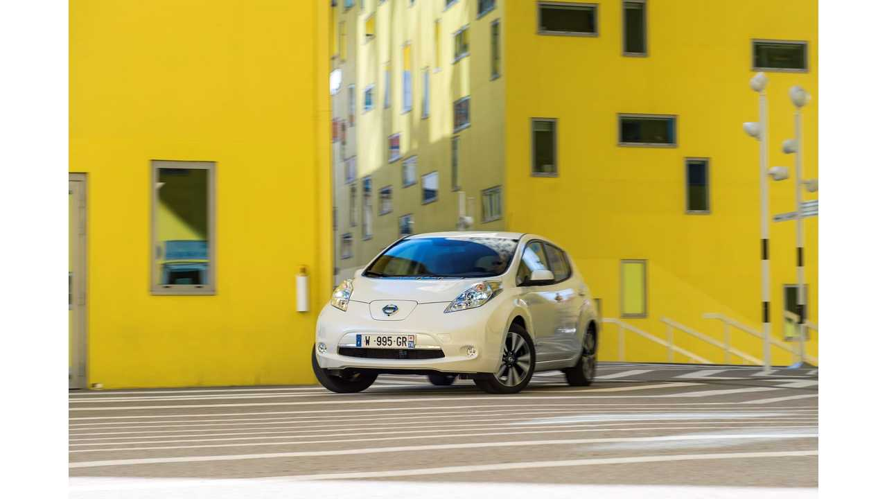 Edmunds: Electric And Hybrid Owner Loyalty Sinks To All-Time Low - We Explain Why