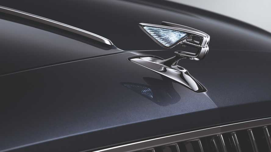 Nuova Bentley Flying Spur, B alata e… vetrata