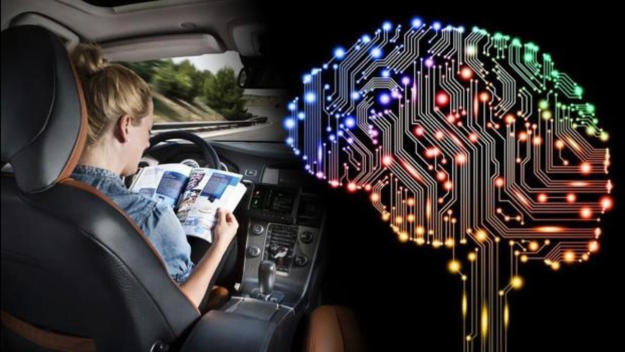 """[Copertina] - L'auto che guida da sola avrà una """"coscienza"""""""