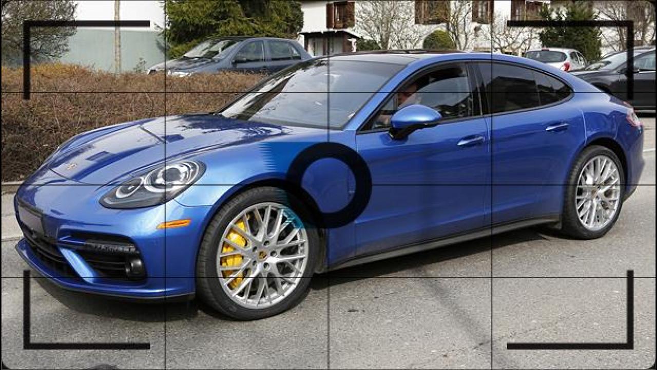 [Copertina] - Nuova Porsche Panamera, foto spia di Turbo e V6