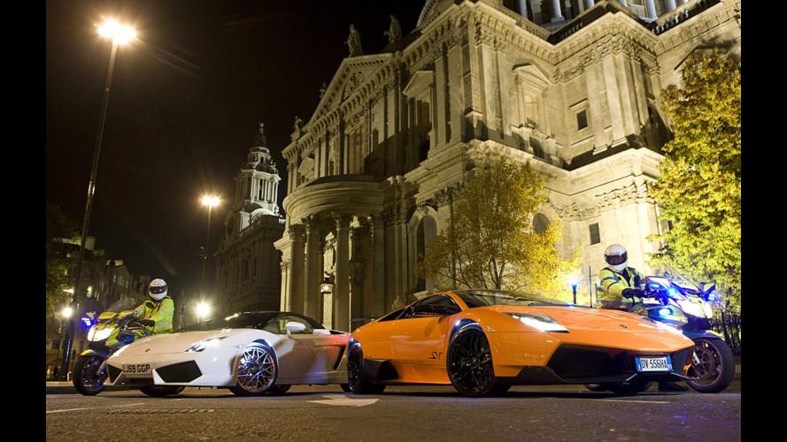Lamborghini all'anteprima mondiale del Calendario Pirelli 2010