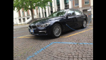 BMW 330e, la prova dei consumi reali