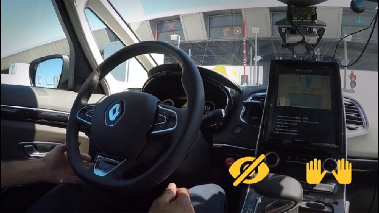 [Copertina] - Renault e Sanef, insieme per la guida autonoma