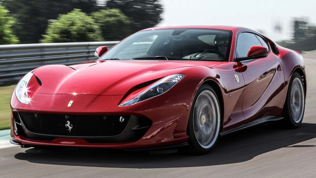 [Copertina] - Ferrari, l'estensione di garanzia arriva a 15 anni