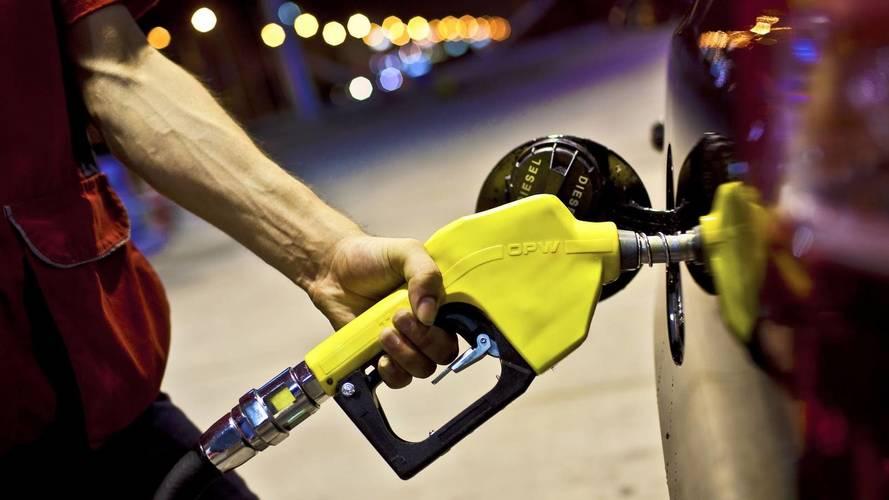 Motorin fiyatlarında indirim düzenlemesi