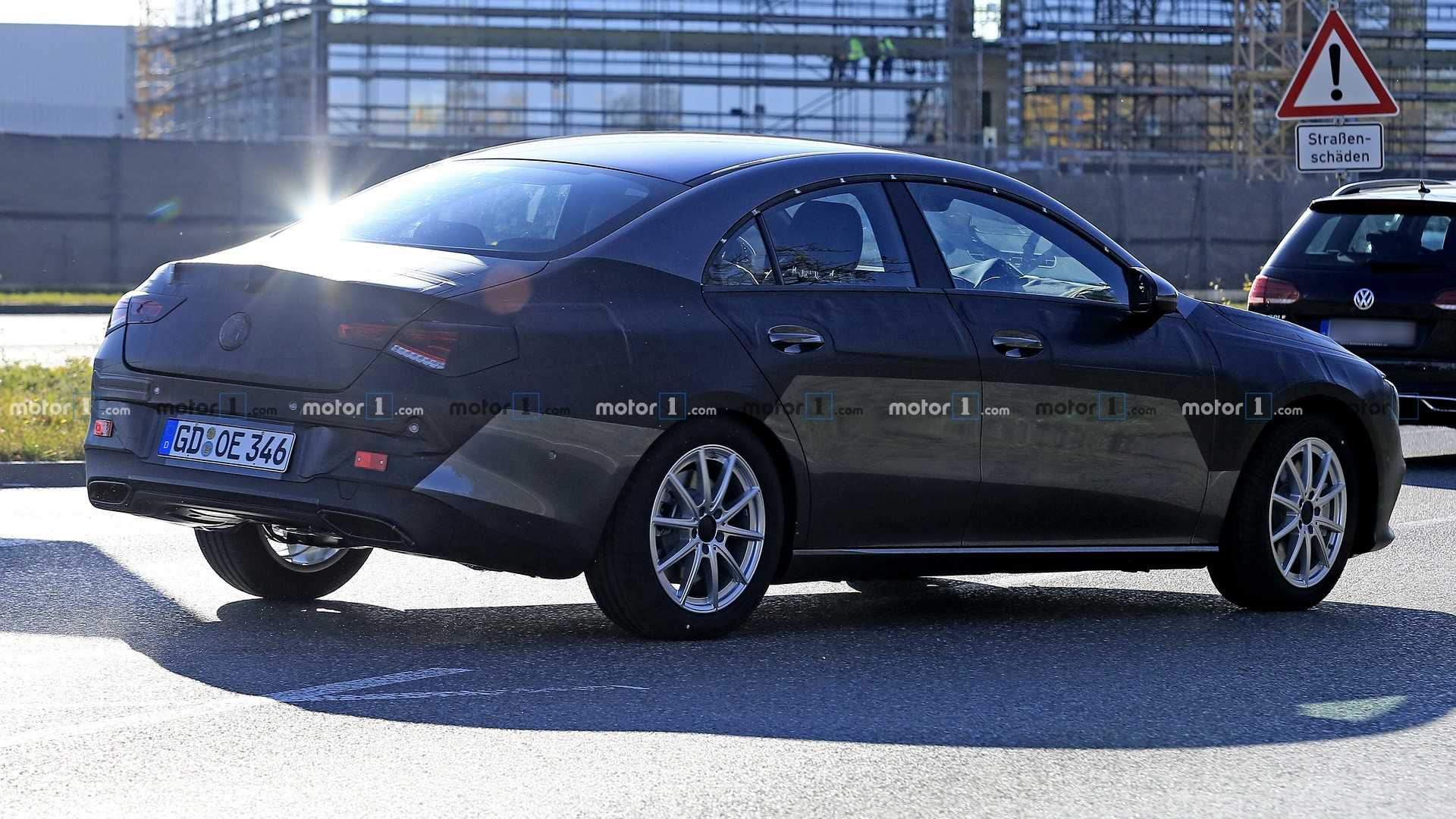 2019 - [Mercedes-Benz] CLA II - Page 4 2020-mercedes-cla-spy-photo
