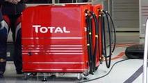 Total F1 fuel pump / autosport.com