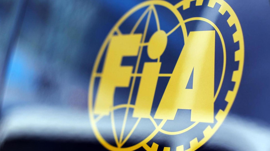 FIA clarifies radio clampdown for F1 teams