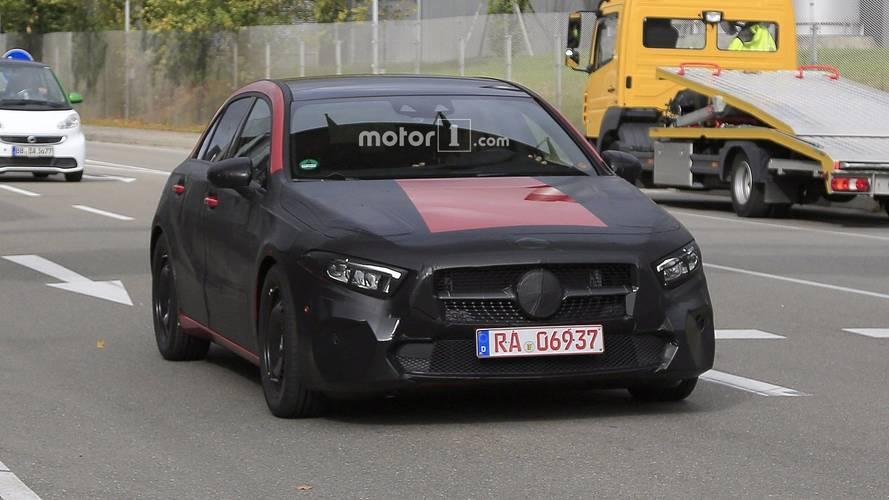 Mercedes Classe A 2019 perde camuflagem