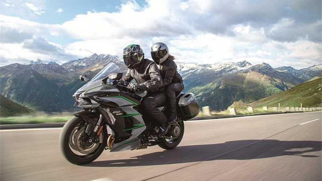 2018 Kawasaki Ninja H2 SX and SE