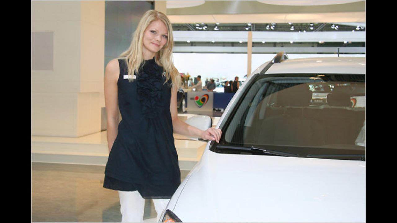 ... und über Hyundai gibt diese Dame gern Auskunft