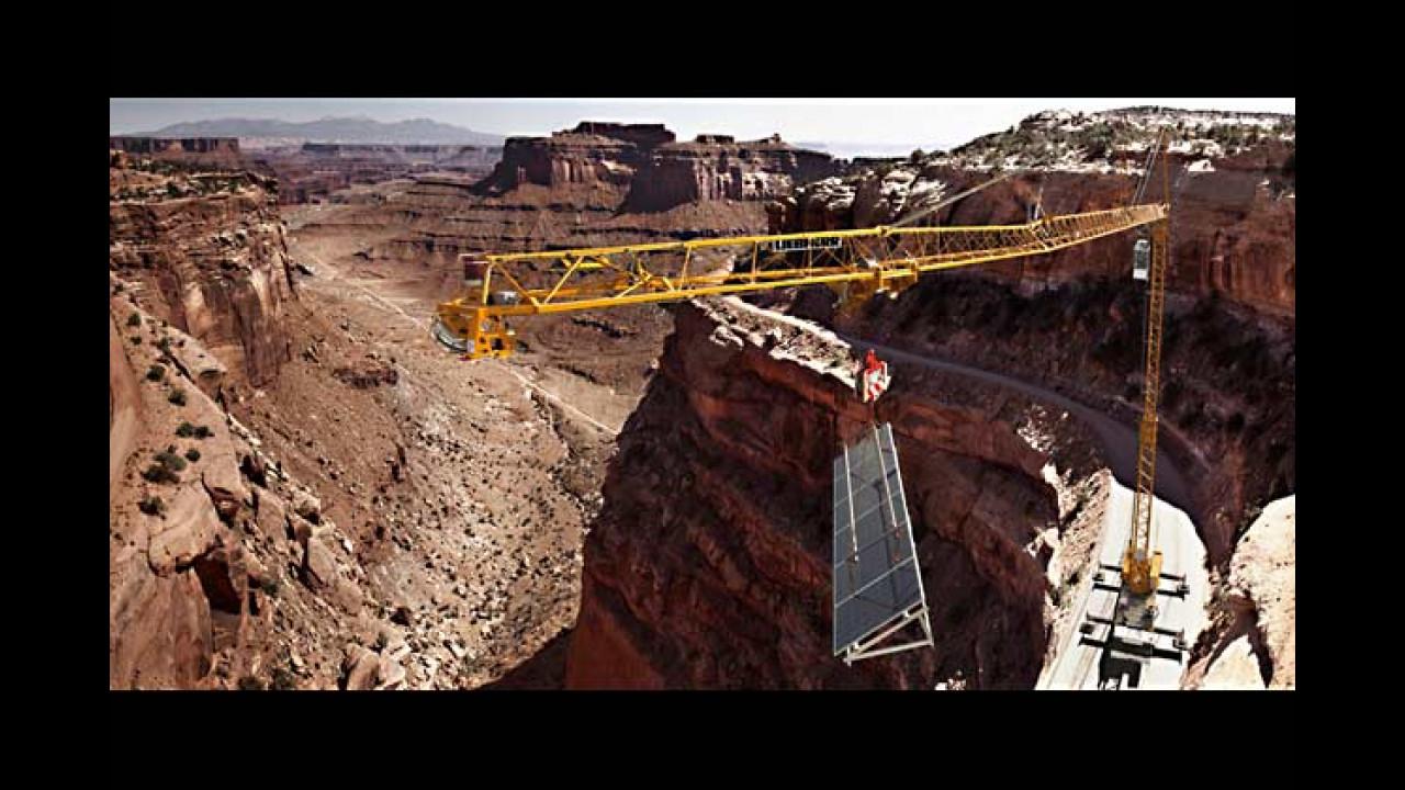 Juni: Liebherr MK 88 Mobilbaukran (Canyon Lands, USA)