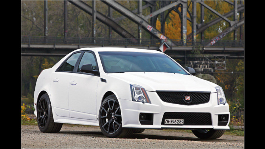 630 PS in Black and White: Cam Shaft Cadillac CTS-V