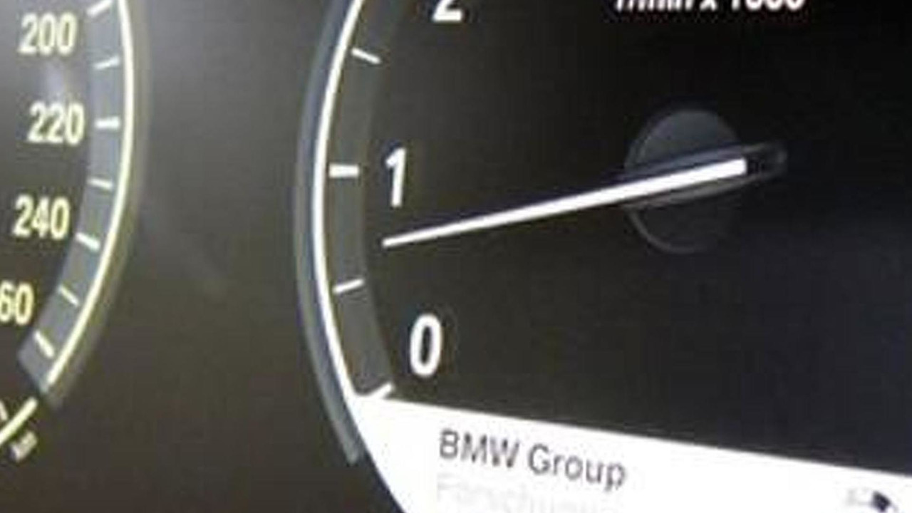 BMW LCD instrument cluster, 400, 26.05.2011
