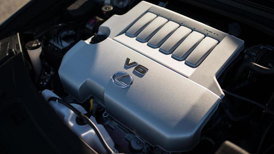 2016 Lexus ES 350 & ES 300h get detailed