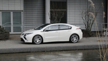 Opel Ampera spy photo during video shoot